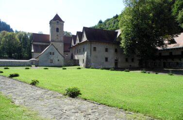 Czerwony Klasztor na Słowacji